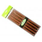 Baguettes en bois rouge